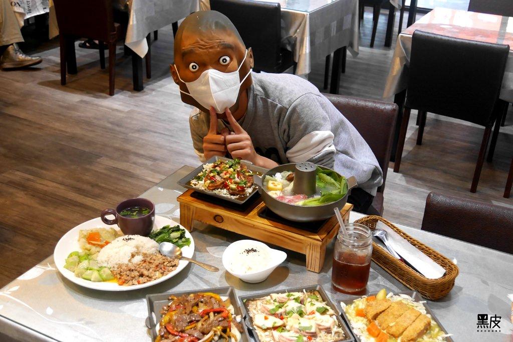 【高雄※美食】呼吸專家主題複合式餐飲。銅板美食讓你吃飽撐著~進口科技口罩讓你多一樣選擇